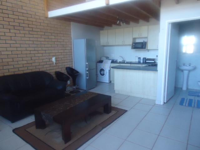 Property For Rent in Bluewater Bay, Port Elizabeth 4